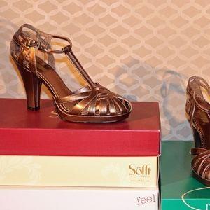 1940s-inspired Bronze Metallic Heels